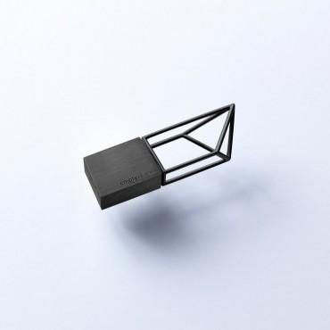 Clé USB de 16 GO Empty Memory en finition métallisée acier noir